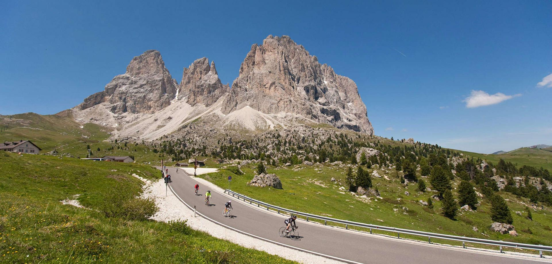 With the road bike on the Sellaronda in the Dolomites