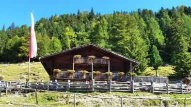 "028 ""Tarscher Alm"" hut with ""Roatbrunn Trail"""
