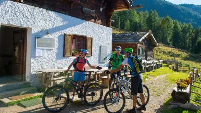 """048 Tour to the """"Marzoner Alm"""" hut and Lupo Trail"""