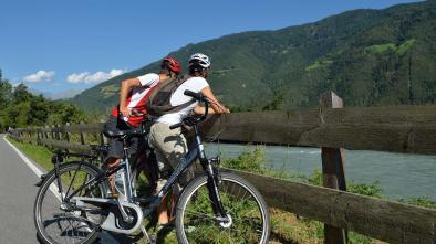 106 Tour cicloturistico con vista alla cascata di Parcines